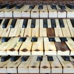 kilka rzutów na klawiaturę wytartą do drewna