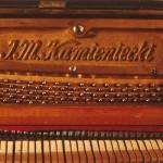 Zabytkowe pianino Kamieniecki